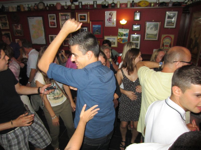 Maltalingua Karaoke Night 27