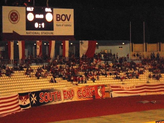 Maltese Fans
