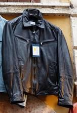 English-clothes-vocabulary-jacket